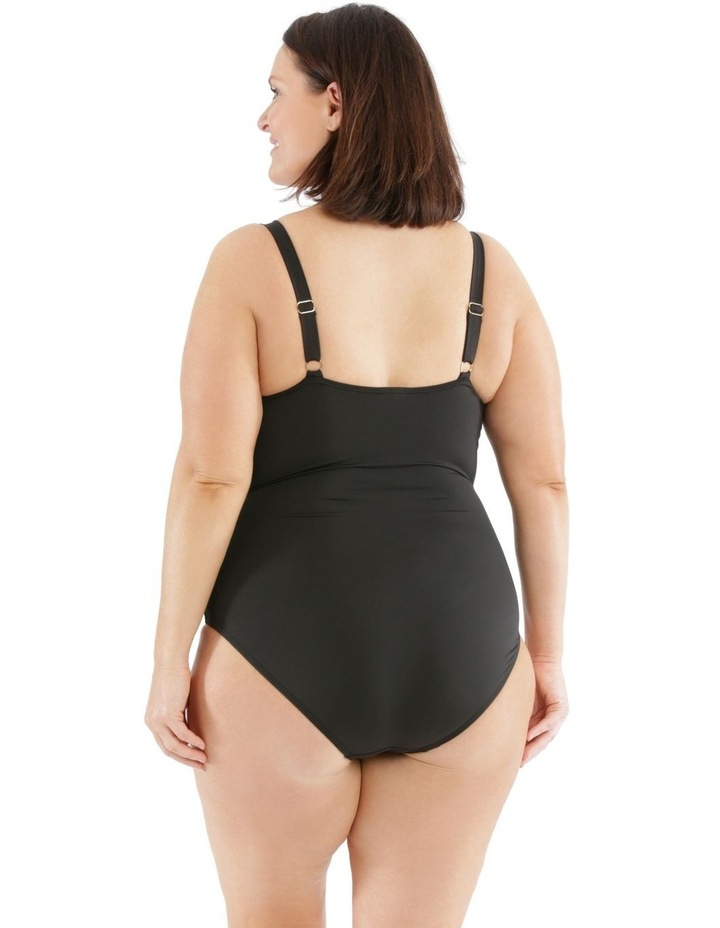 Solid One Piece with Front Hardware image 2