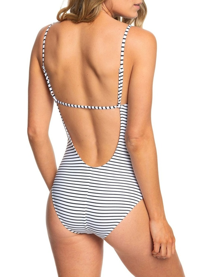 Printed Beach Classics - One-Piece Swimsuit For Women image 4