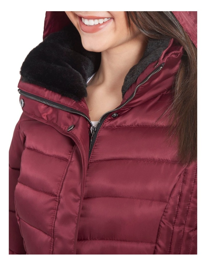 Mix Quilt Belted Puffer Coat With Faux Fur Collar image 5