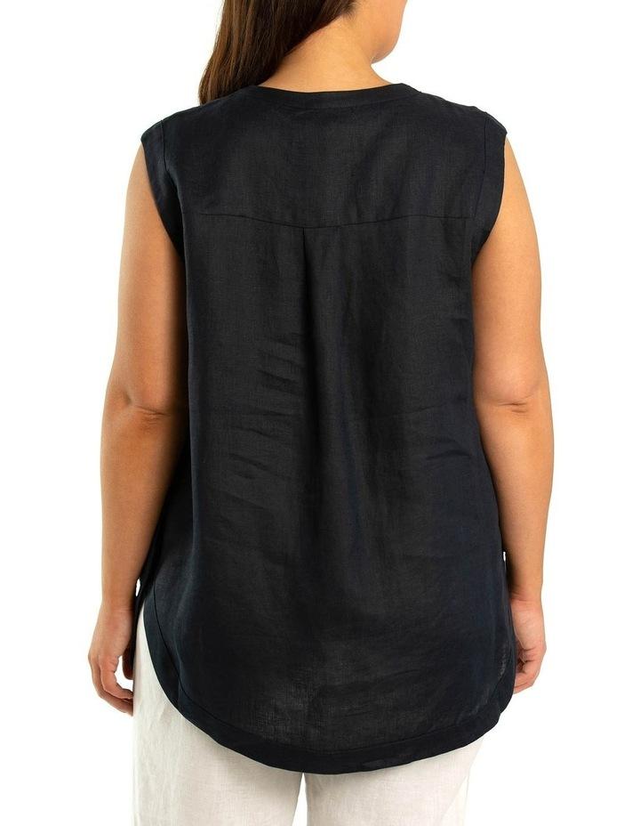 Sleeveless Scoop Hem Shirt image 2