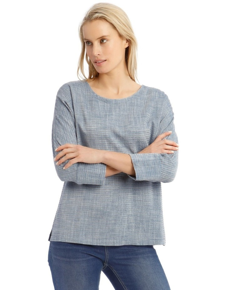 Textured Extended Sleeve Top With Step Hem image 1