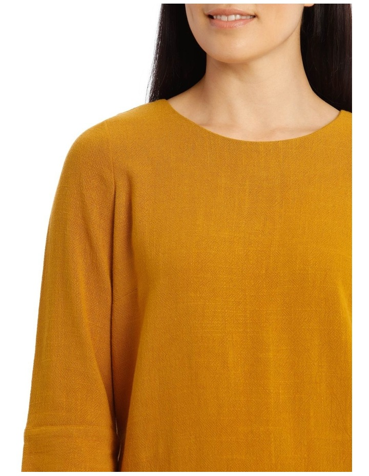 Mottled Marble 3/4 Sleeve Top With 3/4 Sleve And Side Splits image 4
