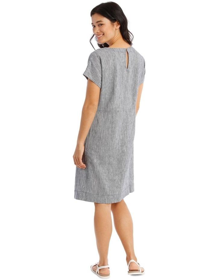 Extended Short Sleeve Curved Waist Seam Dress image 3