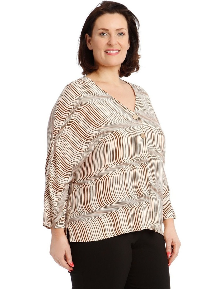 3/4 Magyar Sleeve Top With V-Neck Tuck And Buttons image 2
