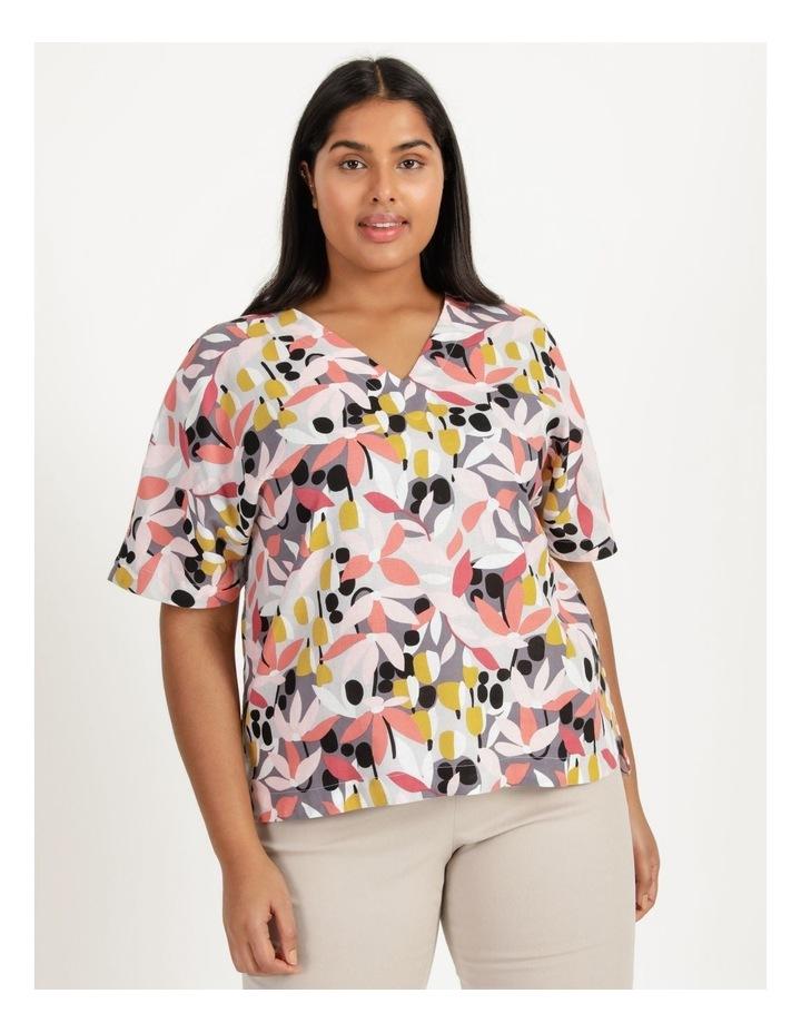 Extended Short Sleeve Curved Hem Top Pink/Black Floral Print image 5