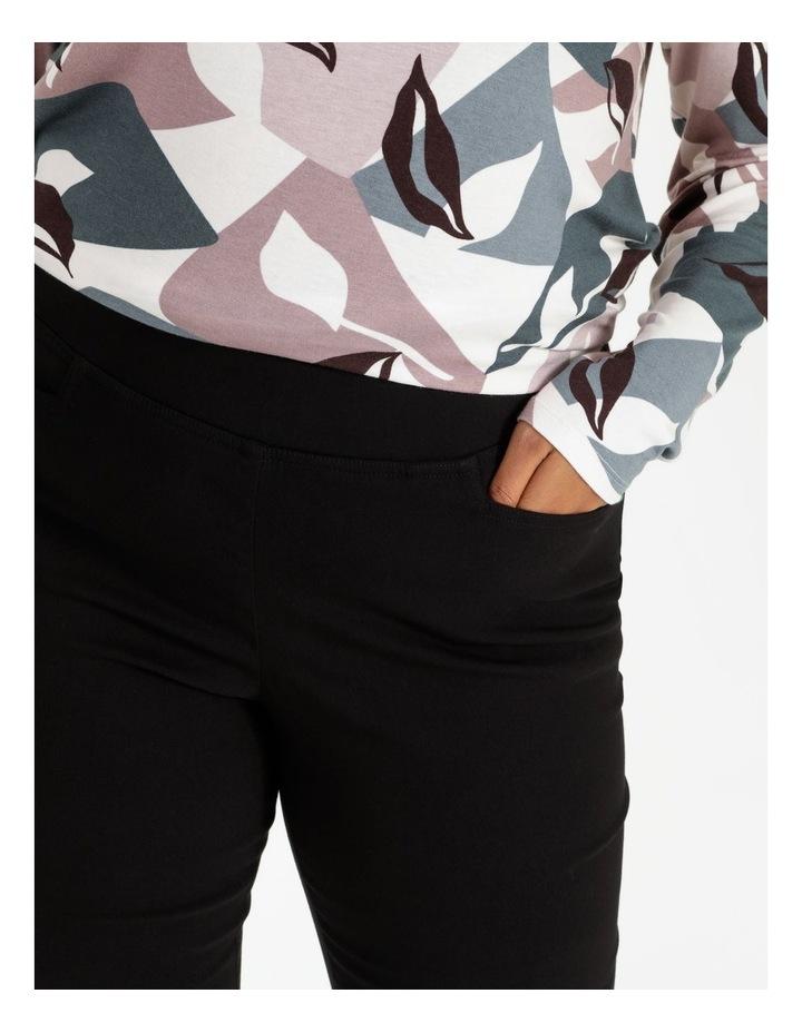 Essential Stretch Black Crop Pants image 6