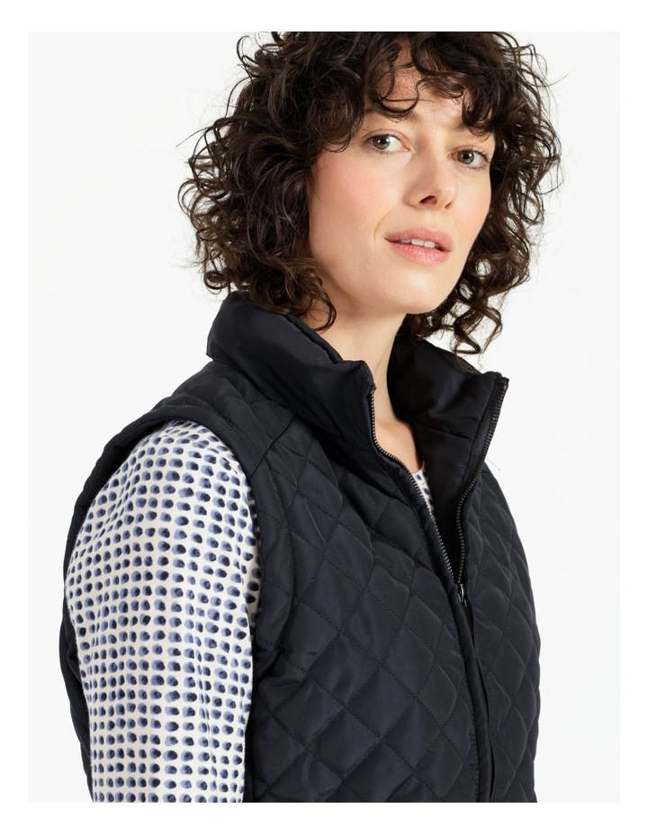 Diamond Quilted Vest With Rib Sides image 5