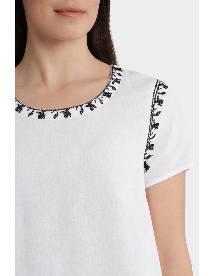 Contrast Embroidered Short Sleeve Top image 4