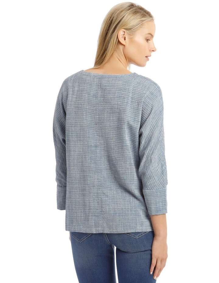 Textured Extended Sleeve Top With Step Hem image 3