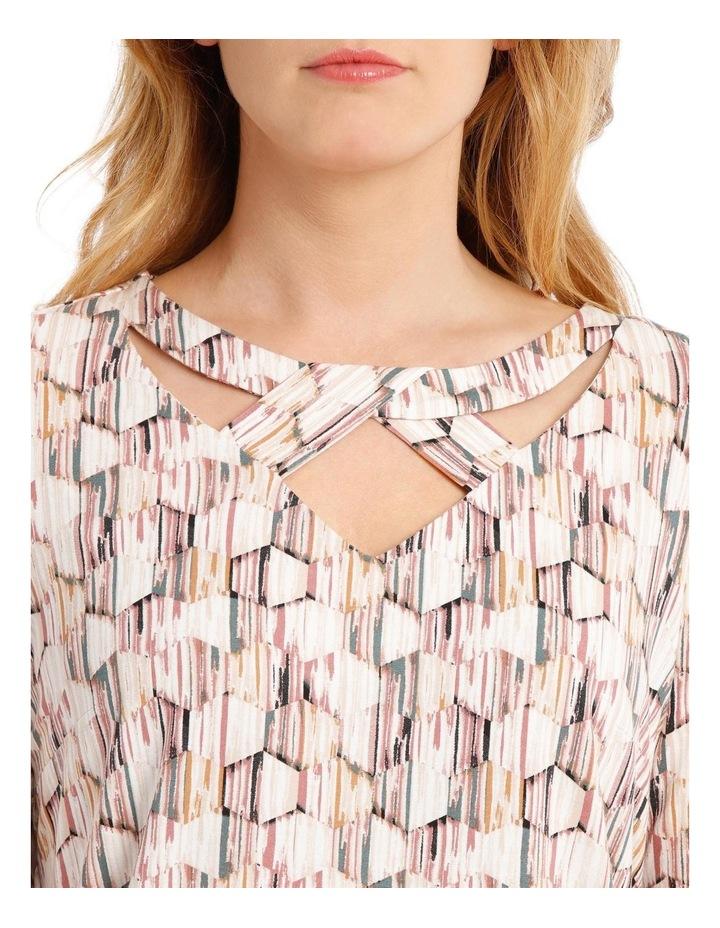 S/S Fancy Neck Tee-Hexagon Khaki/Pink Print image 4