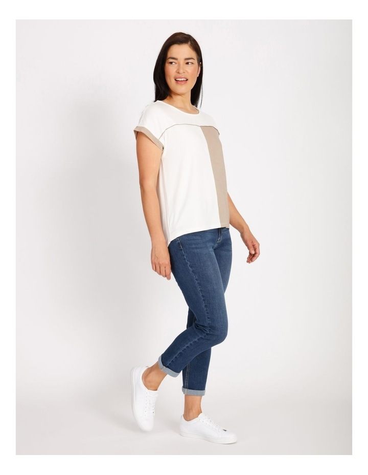 Etched Short Sleeve Colourblocked Tee With Hilo Hem With Back Split image 2