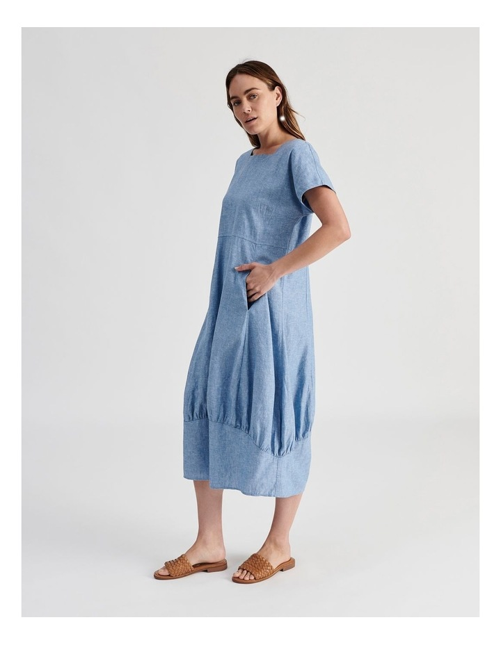 Extended Short Sleeve Dress With Gathered Hem image 3