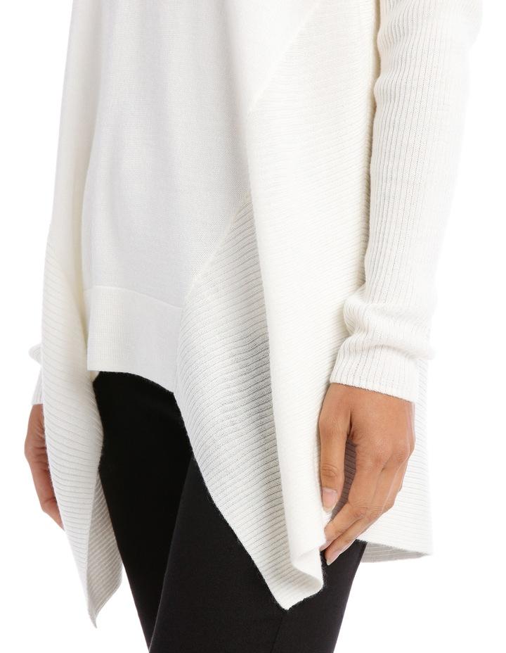 Snow Flake Assymetric Vnk Sweater image 4
