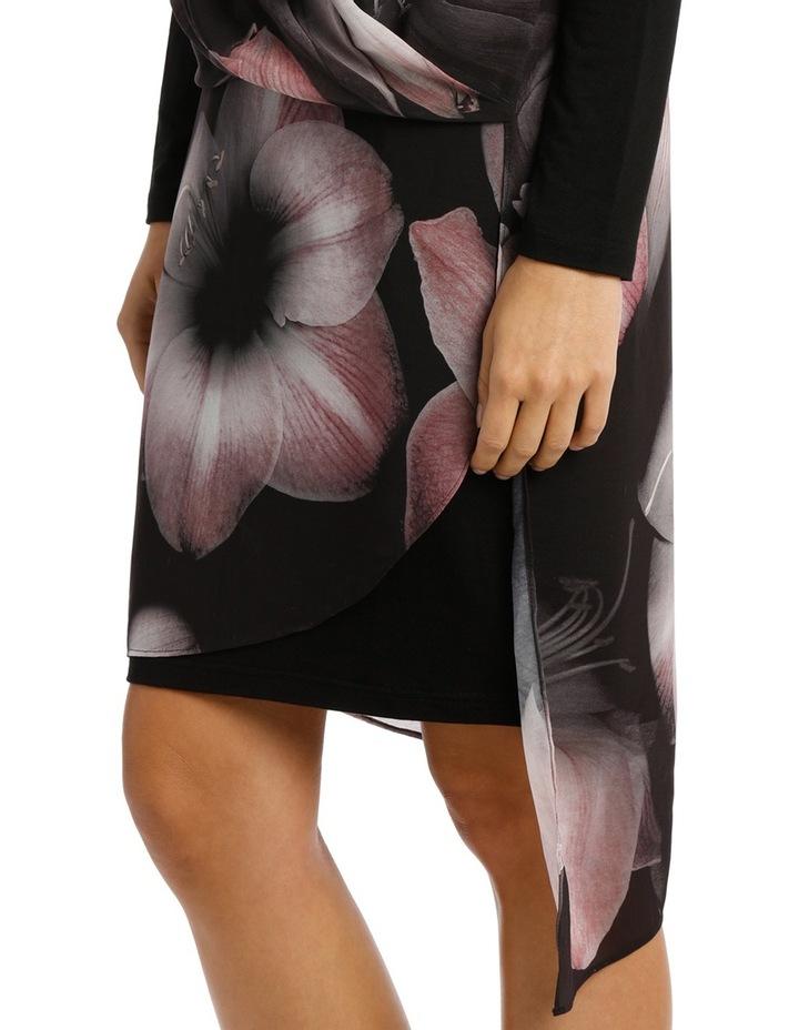 Valintina Large Bed Of Roses Long Slv Overlay Dress image 4