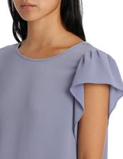 Basque - Flutter Sleeve Top