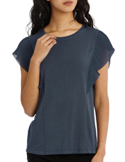 Basque - Must Have Pleat Sleeve Tee