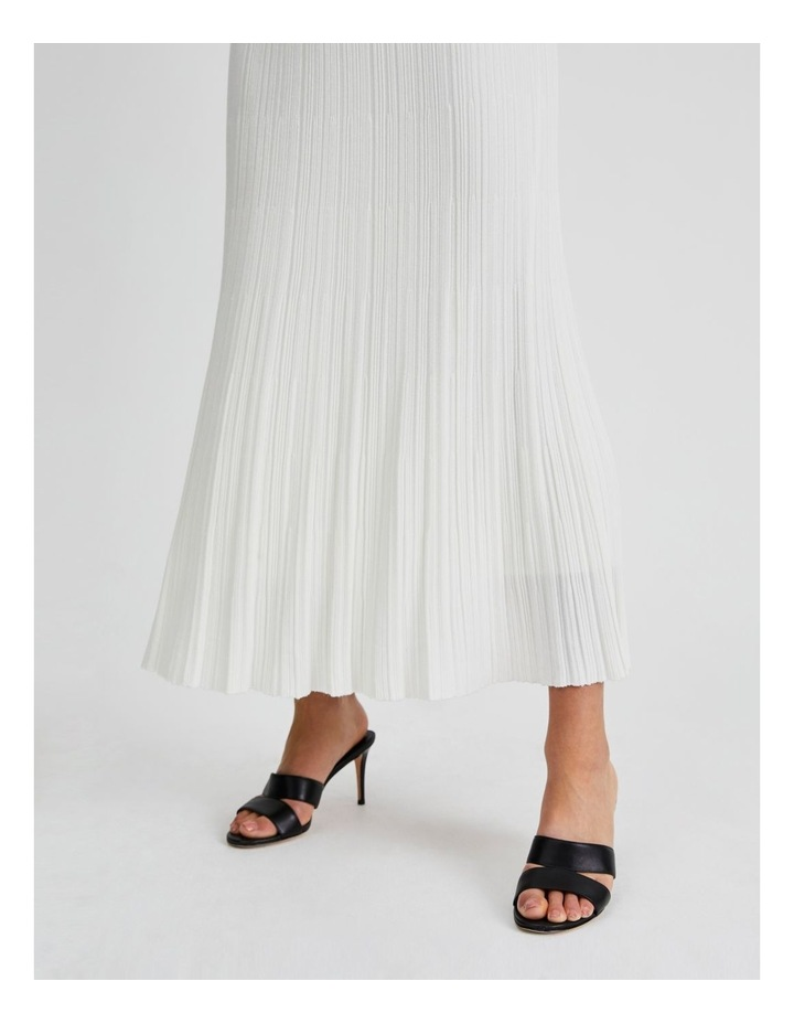 Knitted Skirt image 5