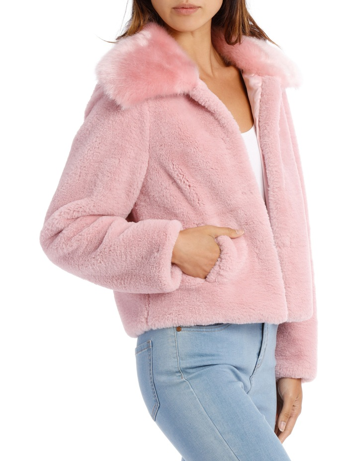 Jacket Fur With Heavy Collar image 2