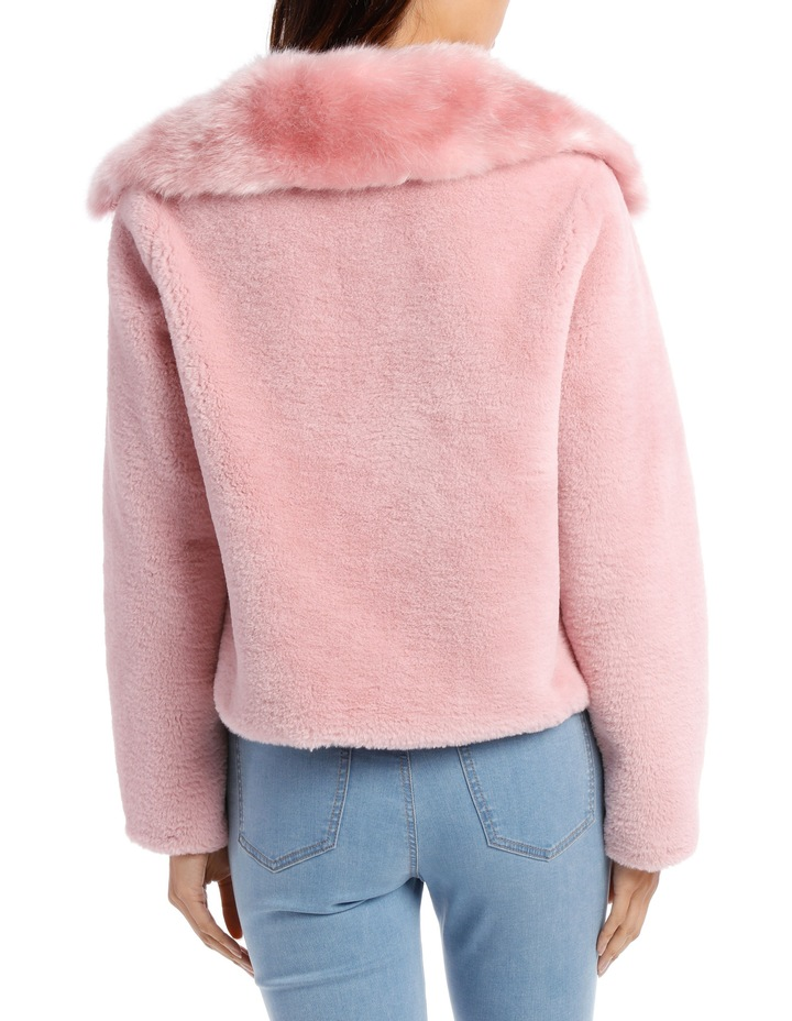Jacket Fur With Heavy Collar image 3