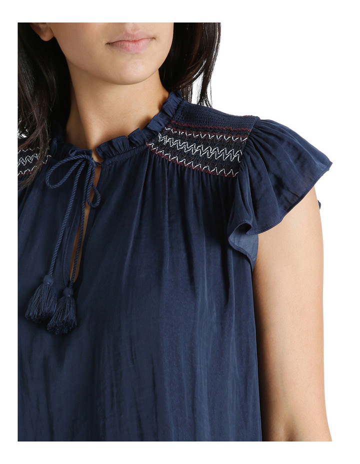 Top Short Sleeve With Smocking image 4