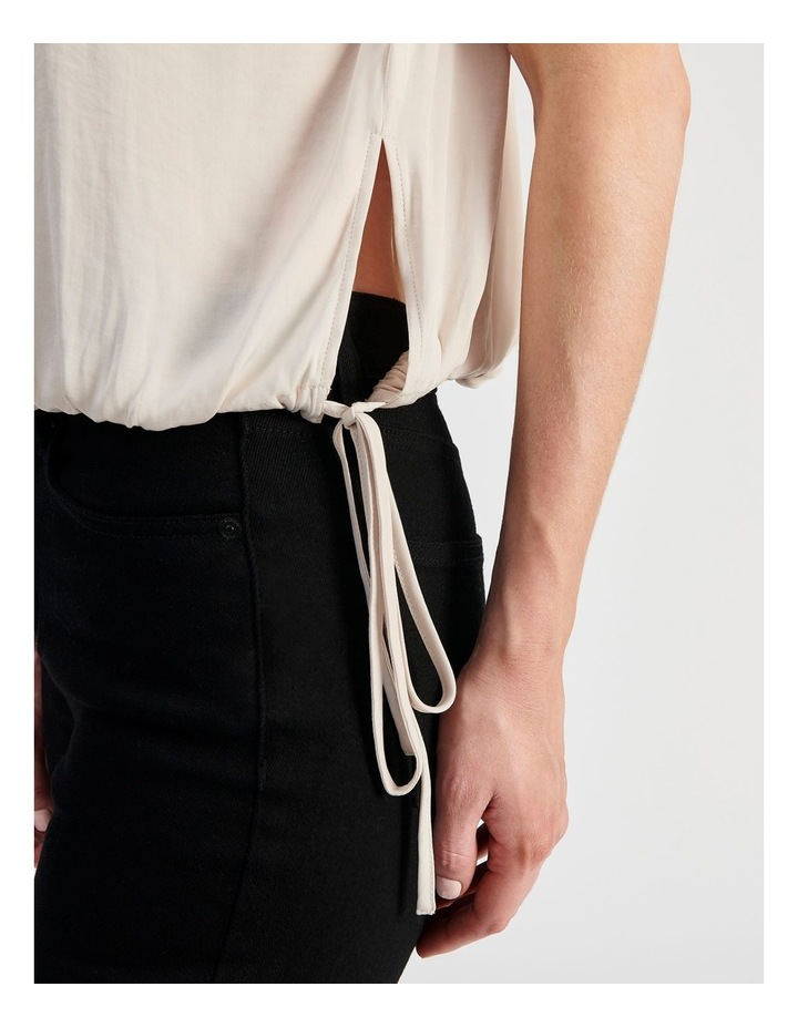 Sleveless Waist Tie in Top image 6