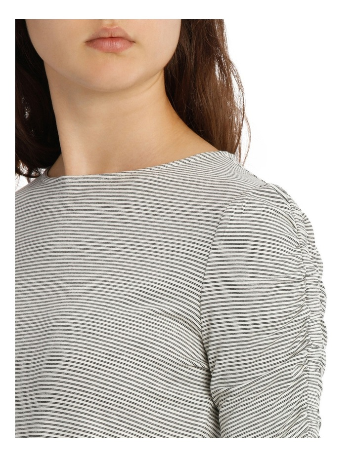 Tee Rouched Sleeve image 4