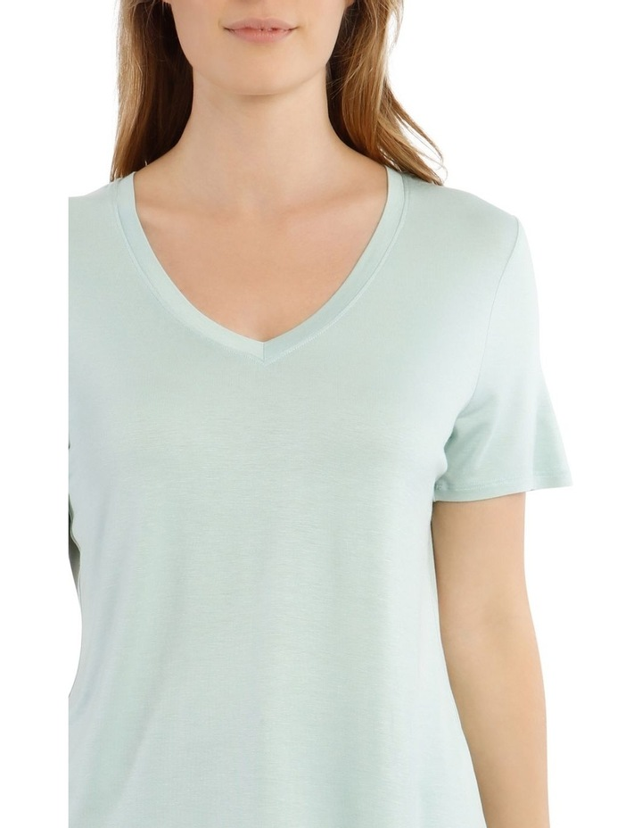 Vee Neck Tee With Curved Hem image 4