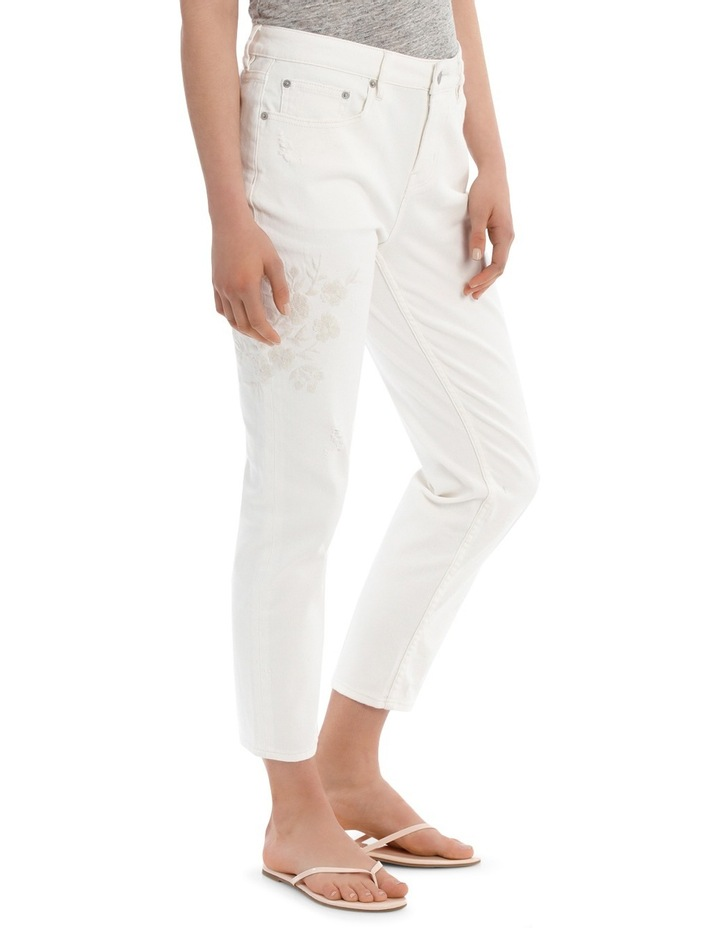 Jean Boyfriend style with embroidery image 1