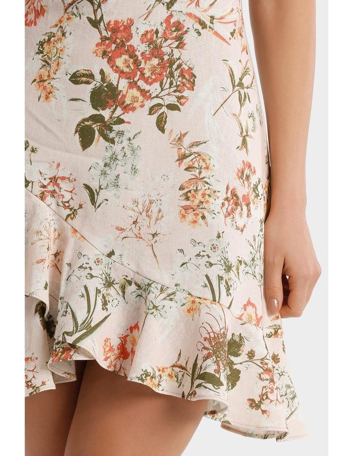Dress Wrap Ruffle Front Print image 4