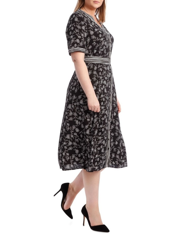 Spliced Button Thru Short Sleeve Dress image 2