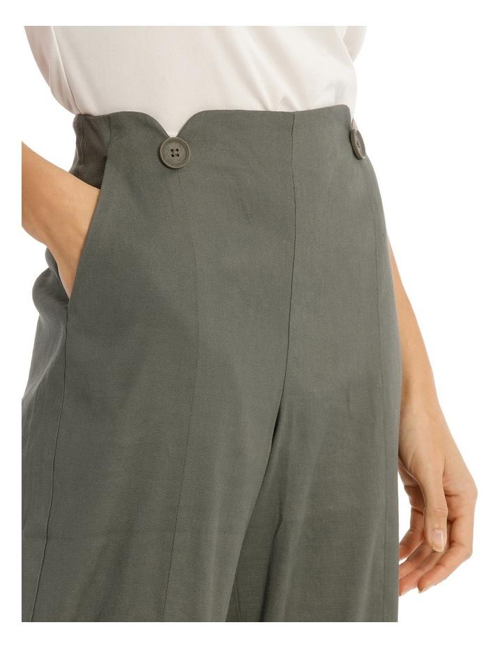 Pant Button Detal image 4