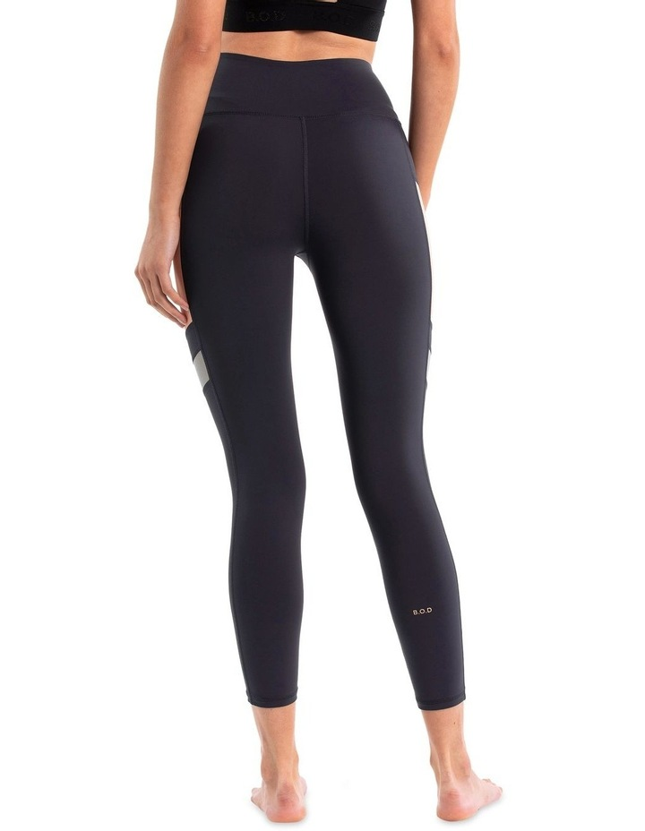 7/8 Legging With Side Panel image 3