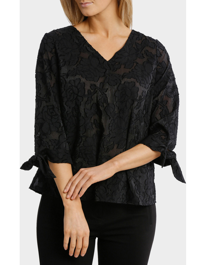 Textured Floral 3/4 Sleeve Top image 1