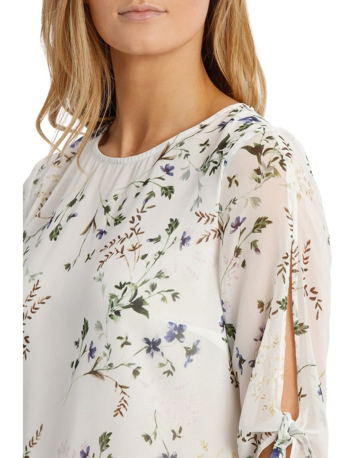 Slit Sleeve Floral Bunch Top image 4