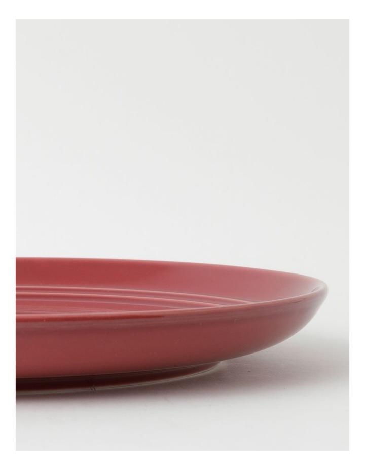 Avenue Dinner Plate in Crimson image 3