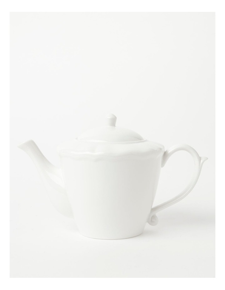 Heritage Scalloped Teapot in White image 1