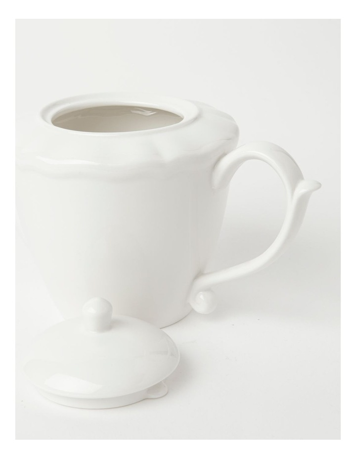 Heritage Scalloped Teapot in White image 3