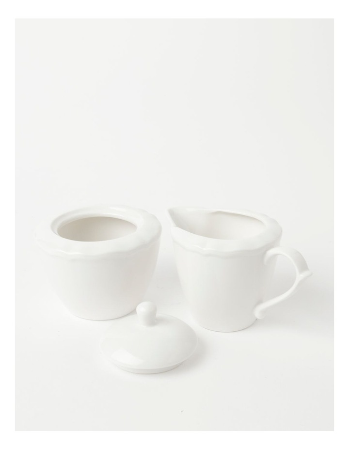 Heritage Scalloped Sugar Bowl & Creamer in White image 2