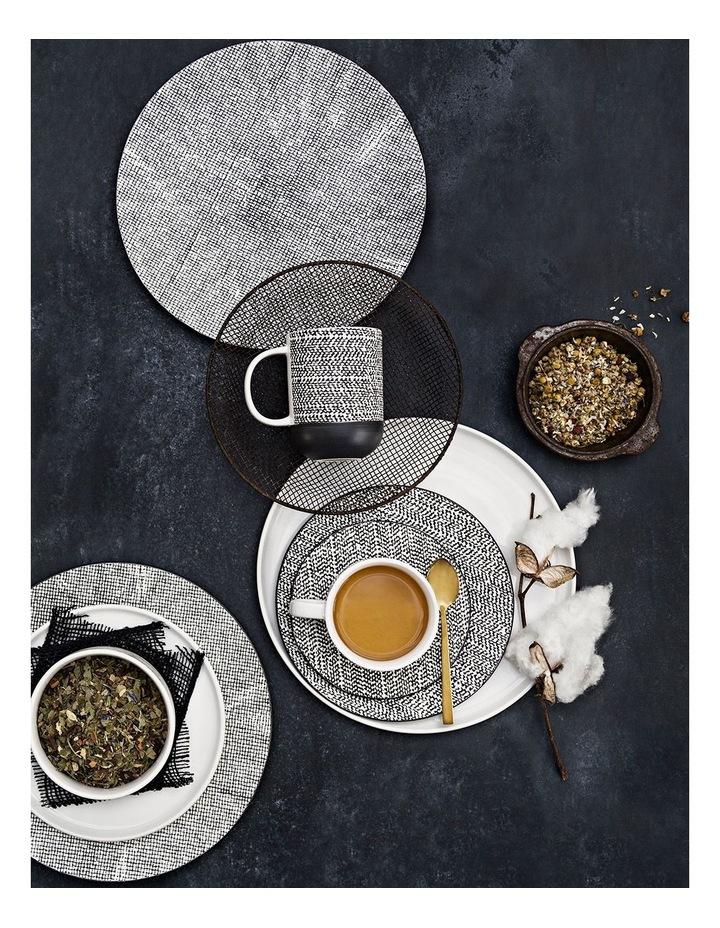 Raww Dinner Plate - Black image 3