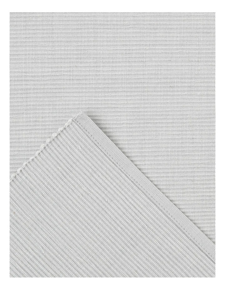 Madisson Ribbed placemat 30 x 45cm Silver image 2