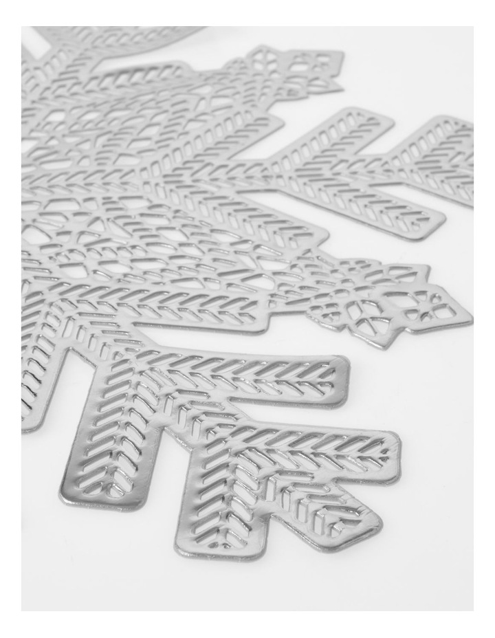 Snowflake Placemat Silver image 2