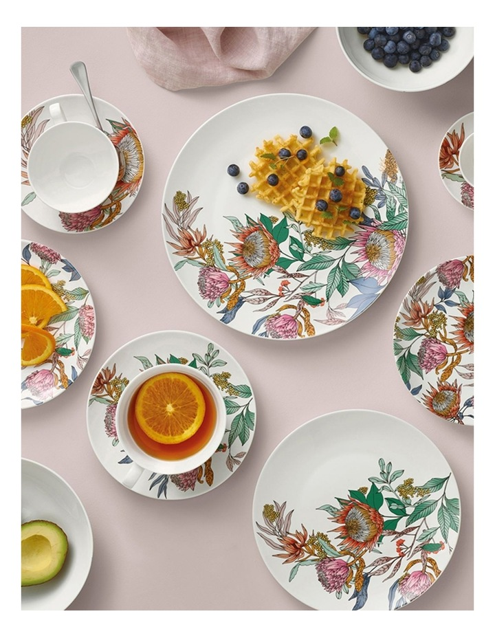 Waratah Coupe Breakfast Cup & Saucer 400ML image 2