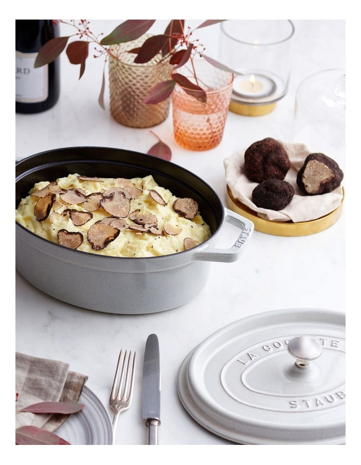 Oval Cocotte 31cm White Truffle image 3