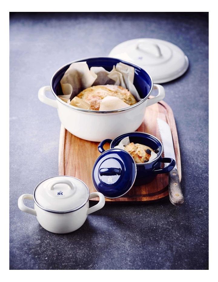 Mini Casserole Cream with Blue Interior 10cm image 6