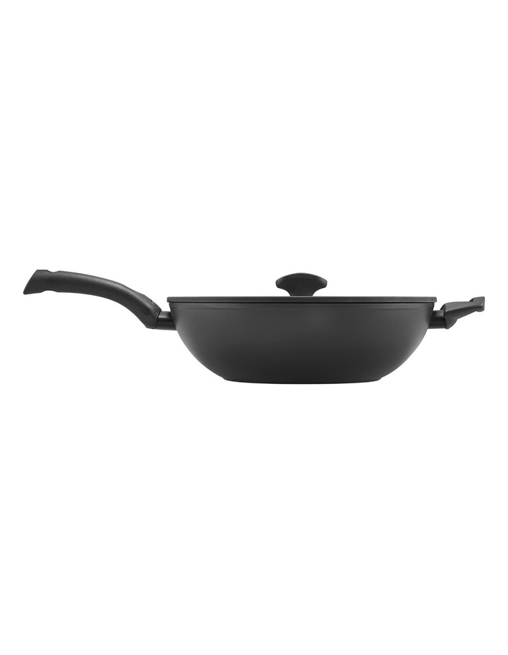 Per Salute 32cm Covered Stirfry with helper handle image 4