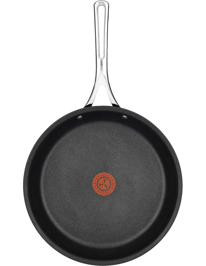 Experience Heat Control Non-Stick Frypan image 2