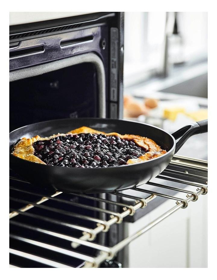 SmartShape 28cm Frypan in Black image 4