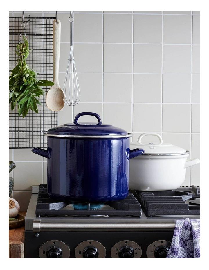 Covered Stockpot Blue 24cm/8.7L image 4