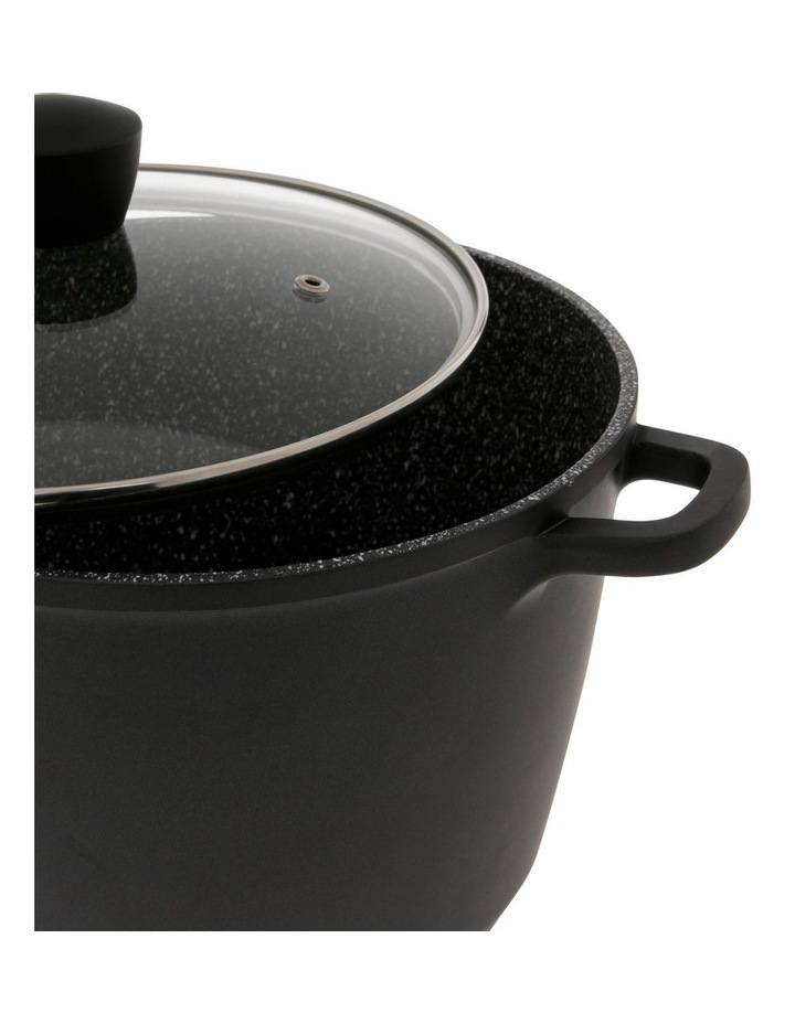 Classic Non-Stick Stockpot with Lid, 7.2L image 2