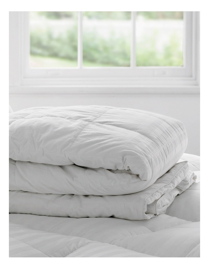 Deluxe 50/50 Goose Feather & Down Quilt image 5